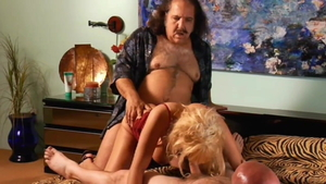 Sunset Thomas helps with pussy sex in HD