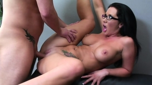 Very sensual mature feels in need of sex