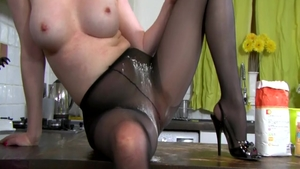 Tight british MILF Holly Kiss finds pleasure in rough nailing