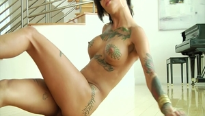 Hard ramming together with tattooed babe Bonnie Rotten