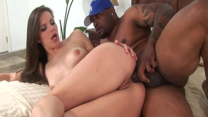 Super sexy mature Bobbi Starr feels the need for real sex