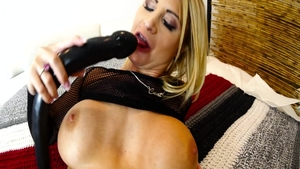 Passionate and Daisy Monroe stroking