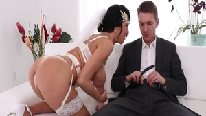 Raw hard fucking escorted by Veronica Avluv and Mick Blue