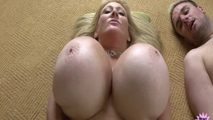 Kayla Kleevage amongst Abbey Lane cumshot