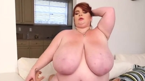 Big boobs mature Lexxxi Luxe goes in for real sex in HD