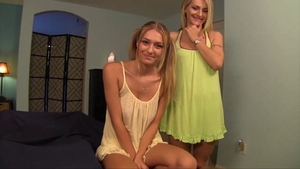 Fingering in the company of dirty MILF Natasha Starr