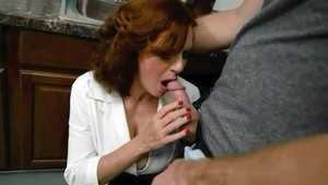 Stepmom Andi James feels in need of orgasm HD