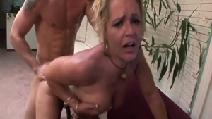 Kelly Leigh in steamy crazy doggy style