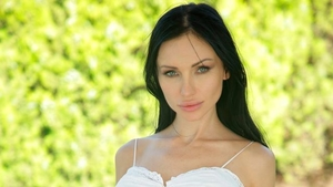 Perfect body driver Sasha Rose has a taste for plowing hard