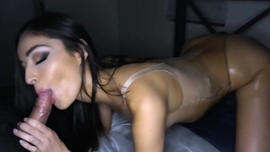 Creampie starring chick in her lingerie