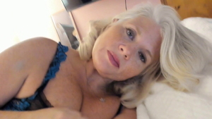 Young MILF helps with nailed rough HD