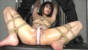 Exotic babe asian brunette fun with toys HD