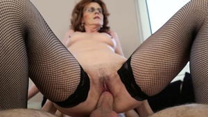 Granny goes for pussy sex